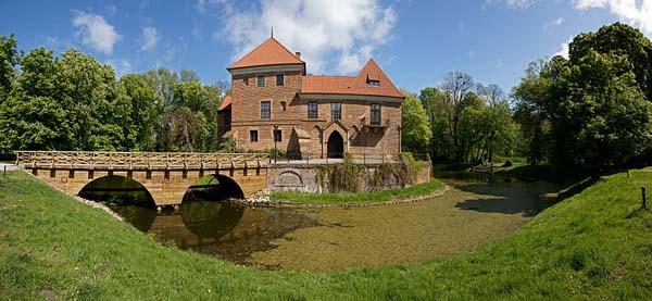 Castle Museum of Oporów