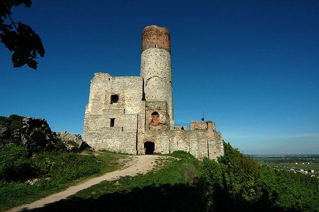 Chęciny Castle
