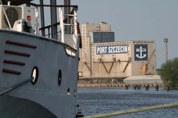 Tours of the port of Szczecin