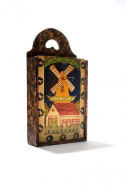 amsterdam_tassenmuseum_wooden_box.jpg
