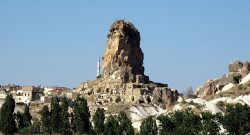 cappadocia_-_ortohisar_3824649088.jpg