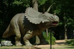 dinopark_triceratops.jpg