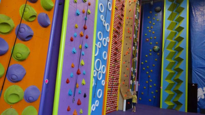 Murall and Fun Climb Center