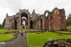 melrose-abbey1 (1).jpg