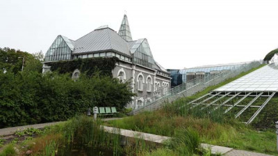 Roof park of Warsaw University Library