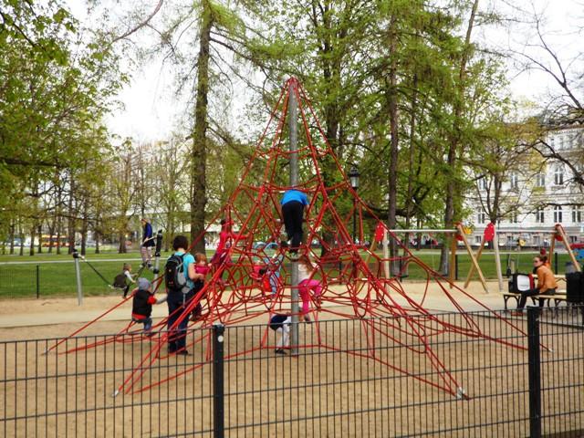 Plac zabaw w Ogrodzie Saskim
