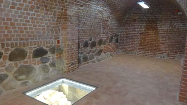 Piwnice staromiejskie w Warszawie