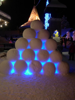 snowball_pyramid_at_santa_claus_village.jpg