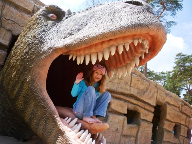 Park Dinozaurów Jura Park Solec