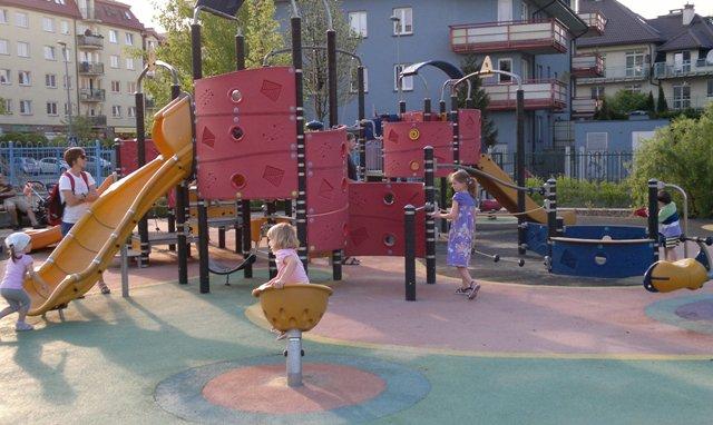 Plac zabaw przy Pala Telekiego