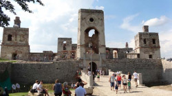 zamek-krzyztopor1.jpg
