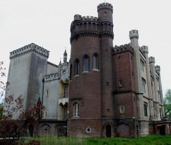 zamek-w-korniku1.jpg